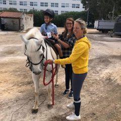 Passeio fantástico!!! Obrigada Filipa Velloso pela amabilidade Os Reguilas ficaram fascinados com os cavalos